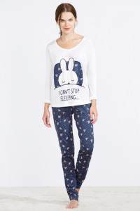 Pijama de mujer con estampado de Miffy