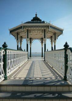 Quiosco música muelle pier Brighton