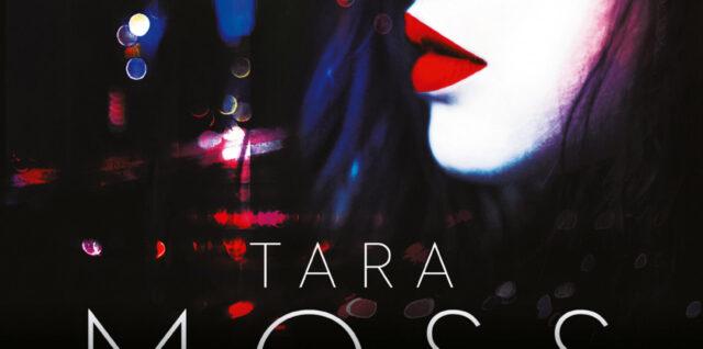 Portada de La condesa sangrienta donde se ve la cara de perfil de una muchacha contra los rascacielos de Nueva York de noche